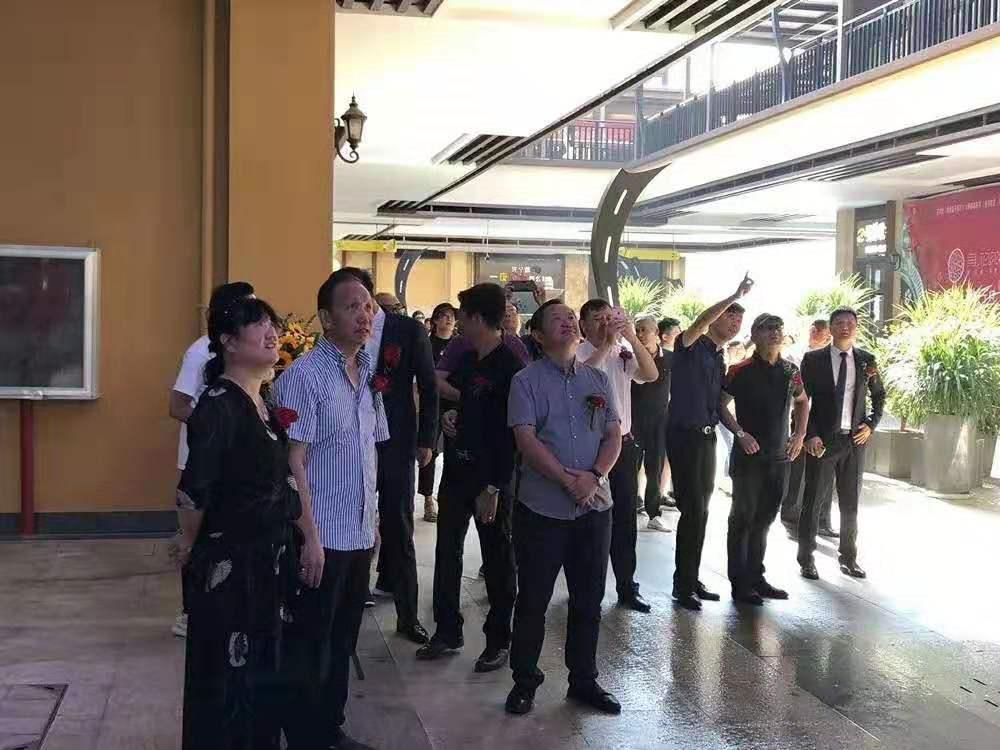 中润案例|云南曲靖天幕-如何让一个停业1年的商业街重新火爆起来!